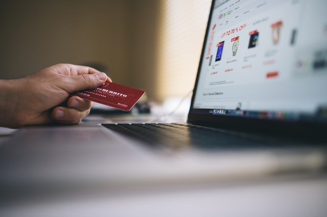 PPC advertising cost for attracting online shoppers